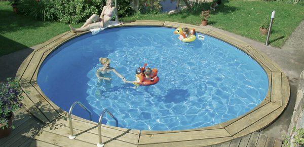 Mare e grădina ta, cu piscină în ea! Colțul nostru de rai devine realitate cu Piscineieftine.ro